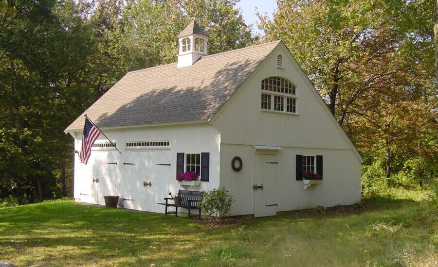 Post and Beam Saltbox Garage