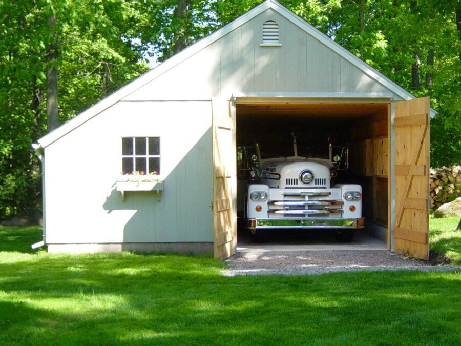 White New England Style Garage