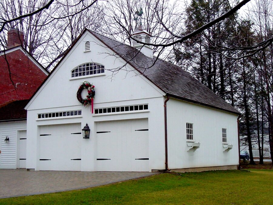 one story barn