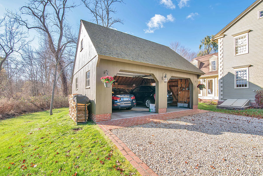 22' carriage house